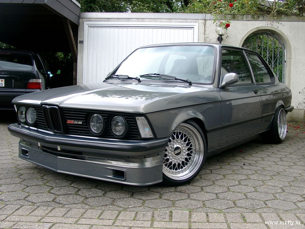 Petrol Head: BMW 3 series ----- E21 (1975-1983)