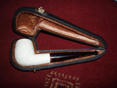 comoys pipes dating Comoys (アポストロフ  というわけでold bruyereシリーズのdatingは要注意という  fine pipesでは「フランケンシュタイン博士の.