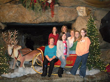 Grove Park Inn, Asheville, NC- Melissa, Beth, Rhonda, mom, Kayla, Courtney, and Kelsey