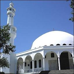Qeremos iglesias pero no mezquitas??