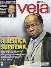 """O """"paladino"""" da Justiça Joaquim Barbosa em close na revista Veja"""