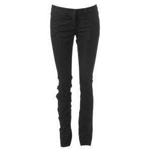 http://1.bp.blogspot.com/_Vu6T1-82doc/SKYeLp4KACI/AAAAAAAAACE/lIs3NE7IGk4/s320/skinny+jeans.jpg