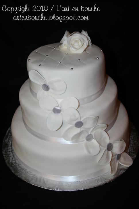 art en bouche...: Gâteau de mariage blanc #2