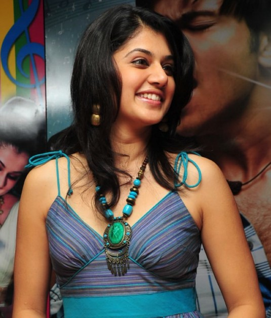 Tollywood Stars Wallpapers New Heroine Tapsi Images