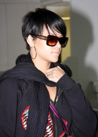 rihanna hairstyles 2010 red. hairstyles 2010 red