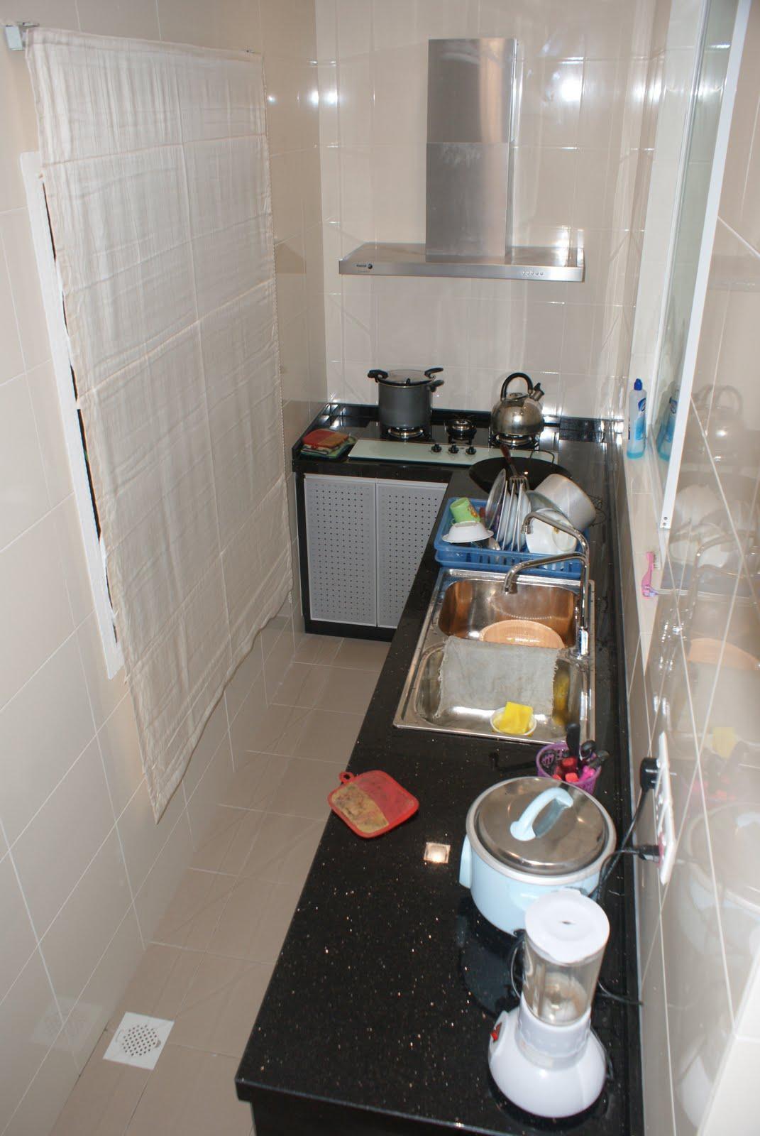 Hood + Hob @ wet kitchen..