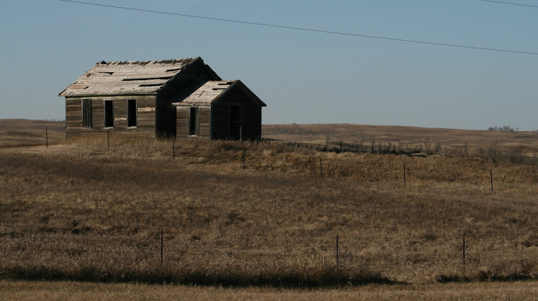 Abandoned Prarie home in NW North Dakota