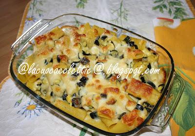 Pasta al forno con zucchine e scamorza