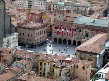 Italia  Foto+1+%E2%80%93++Vista+da+cidade+de+Bolonha