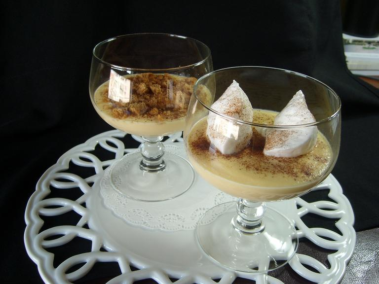 Natillas con islas flotantes for Postres de cuchara