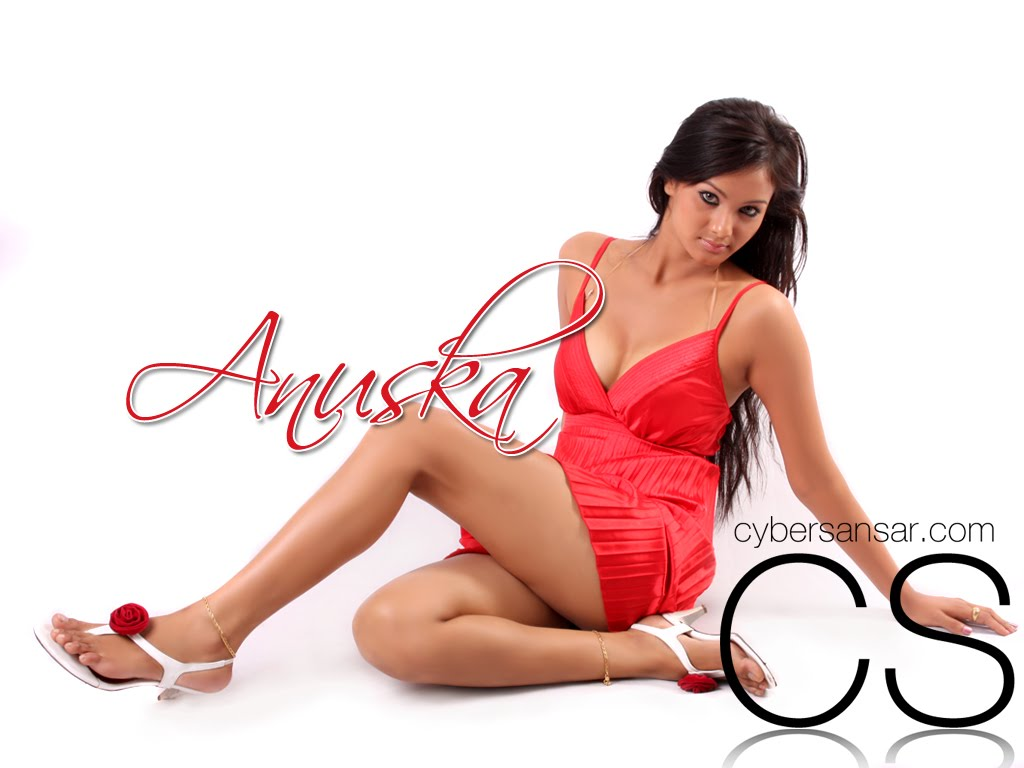 http://1.bp.blogspot.com/_W0Lyfv0FKd4/THziS6Dj99I/AAAAAAAADKw/LWu2n-EnrLg/s1600/anuska_964284668.jpg