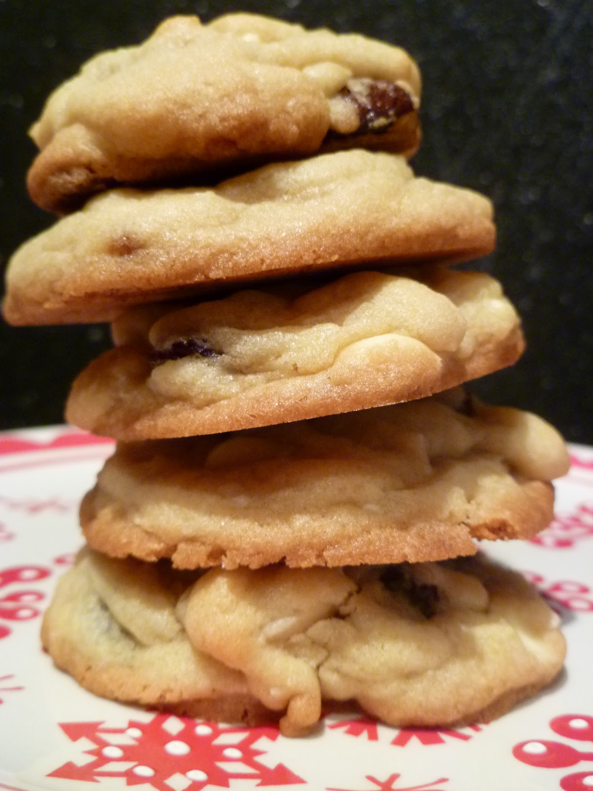 White chocolate macadamia nut cookies recipe otis spunkmeyer for White chocolate macadamia nut cookies recipe paula deen