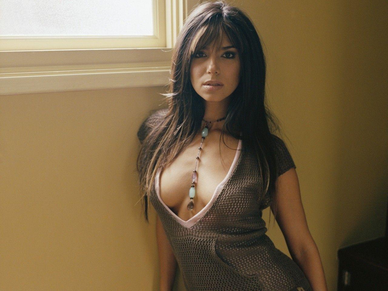 Patricia Velasquez Hot Image