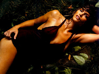 Cindy Crawford Bikini Wallpapers Picture 9