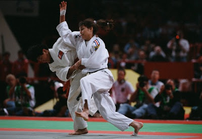 Paris 1997 - Combate entre Kye Sun-Hui y la francesa Marie-Claire Restoux
