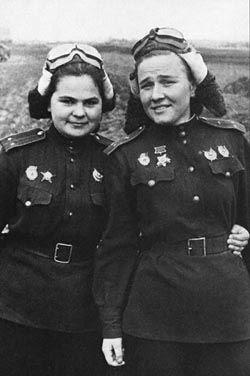 Katya Ryabova y Nadya Popova