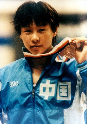 Seúl 1988 - Qian Hong, medalla de bronce en 100 metros mariposa