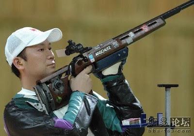 Atenas 2004 - Jia Zhanbo, ganador en carabina en tres posiciones