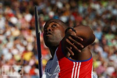 Guillermo Martínez, plata en lanzamiento de jabalina