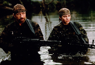 Chuck Norris y Jonathan Brandis