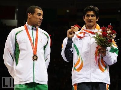 Darren Sutherland y Vijender Kumar, medallistas de bronce en Beijing 2008