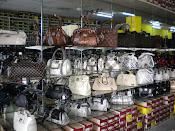 Kedai Kasut Rorine Naza Style Enterprise