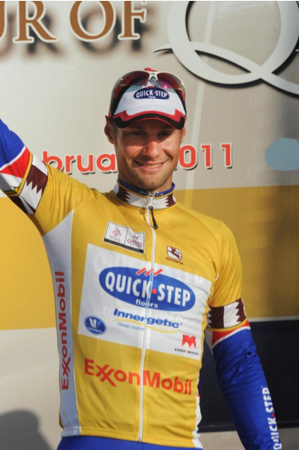[Immagine: Tom+Boonen+Qatar+gold+jersey.jpg]