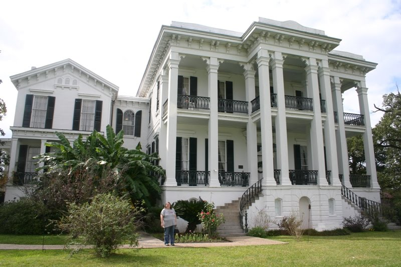 Southern spirit guide haunted plantations of louisiana 39 s for Abandoned plantations in the south for sale