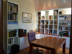 Bibliotecas y mesa