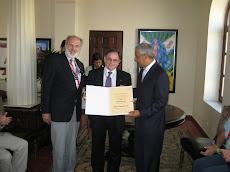 Entrega Diploma Yves de la Goublaye, de la CICGH de Costa Rica