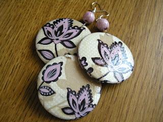 fioletowy ornament (wisiorek z kolczykami - rewers)