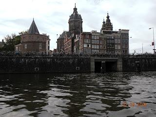 Бесконечное количество велосипедов - это Амстердам
