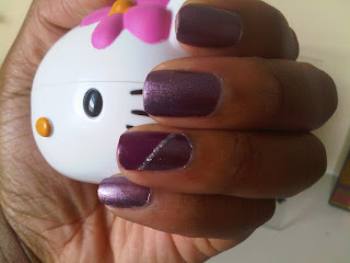 Amor de Lacquer: My nail designs...spotted on Twitter!