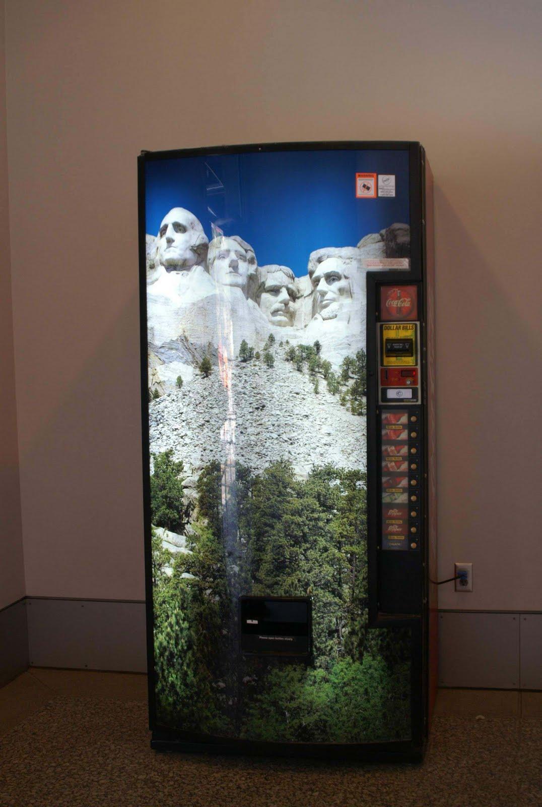 http://1.bp.blogspot.com/_WBXzvQavLYs/SrU-hRpYI-I/AAAAAAAAEIQ/U4vqvrkHAs0/s1600/Mt.+Rushmore.06.jpg