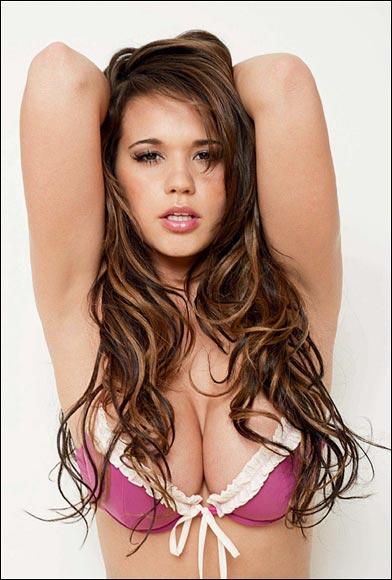 Naomi Millbank Smith nackt Bilder