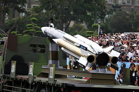 台湾:雄三飞弹试射 海军间接证实
