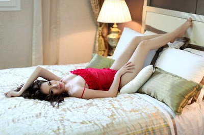 Chung Thuc Quyen sexy pictures
