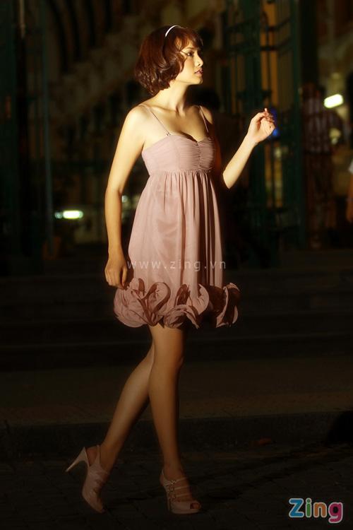 http://1.bp.blogspot.com/_WCcY5emU4xQ/S_PANRFukGI/AAAAAAAAE4c/Og8vUXwOfK8/s1600/Anh+Thu-5.jpg