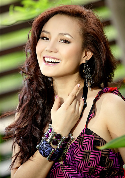 Vietnamese Models: June 2010