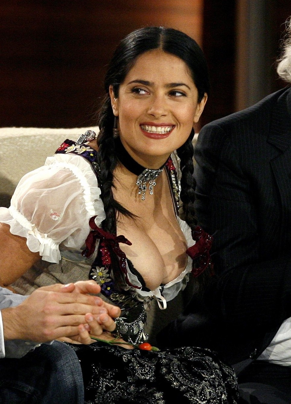 salma hayek nipple slip 01 ... Kim Kardashian Full Video and Kendra Wilkinson Free Sex Tape 10 Minutes