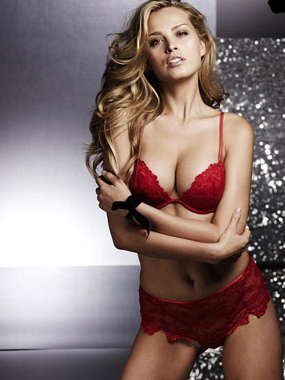 Fashion News Inspired Petra Nemcova Sexy Supermodel