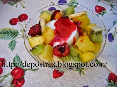 Macedonia de frutas con yogourth
