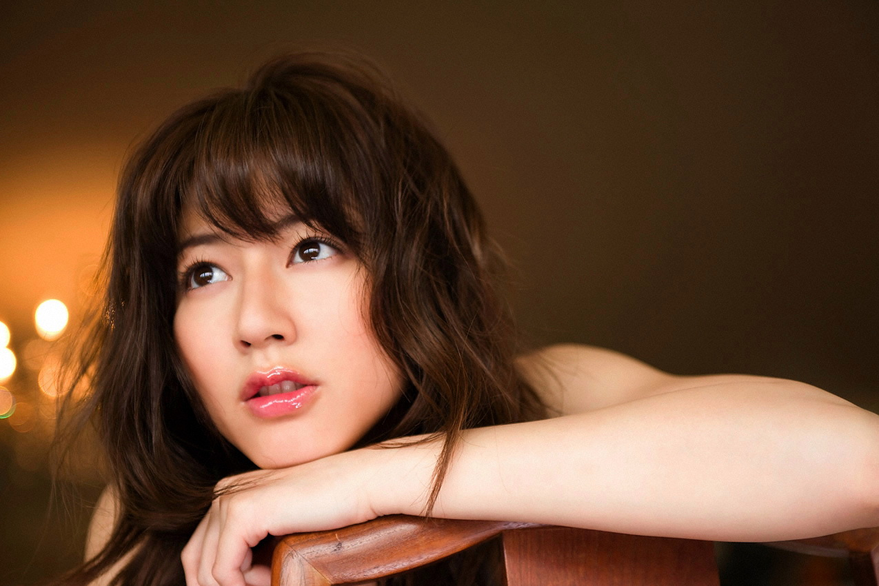 Yumi Sugimoto - New Photos