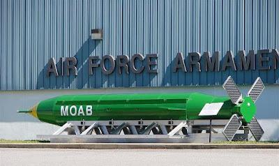 ogivas nucleares tácticas e bombas convencionais MOAB