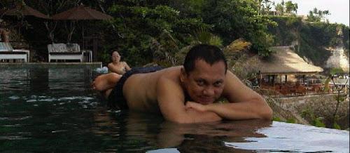Foto-Foto Gayus di Thailand