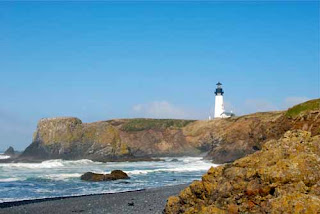 Yaquina Head Lighthouse - Newport, Oregon, USA