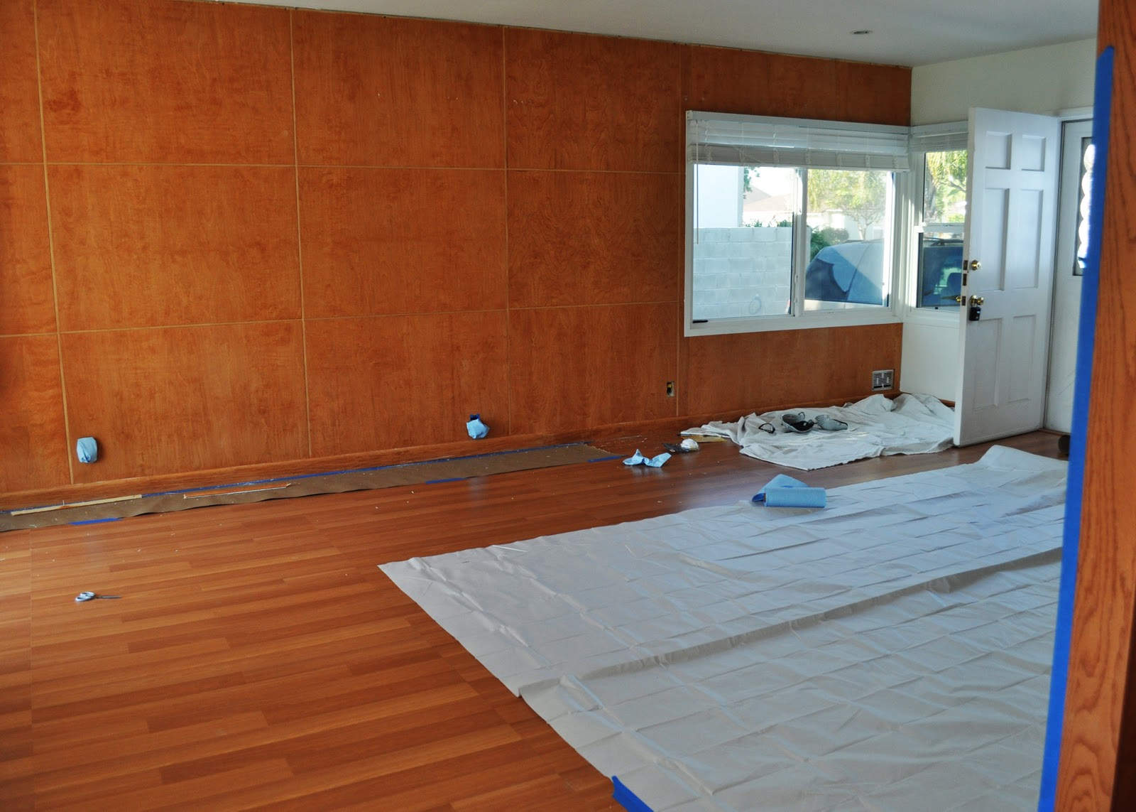 DIY: Painting Wood Paneling