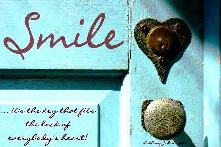 http://1.bp.blogspot.com/_WKYL_6Id3us/S8X4WoS_SII/AAAAAAAAAz0/R3L00x7oOOw/s1600/smile-life-quote.jpg