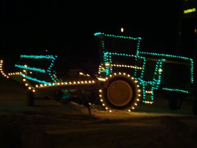 Thursday, December 23, 2010 - Thread Head: Christmas Lights