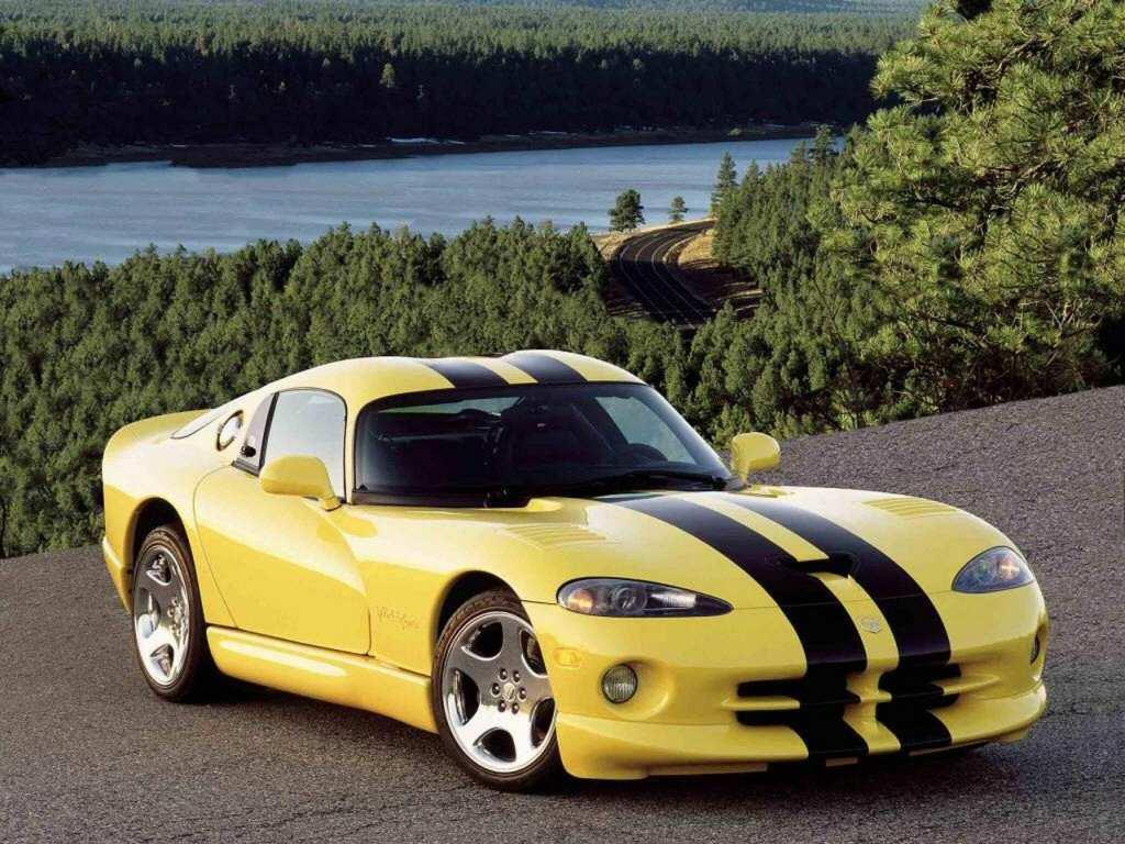 http://1.bp.blogspot.com/_WLIbzQH3iIo/TKnZolF6EXI/AAAAAAAAAF4/Yh2-_TazMac/s1600/Dodge+Viper.jpg